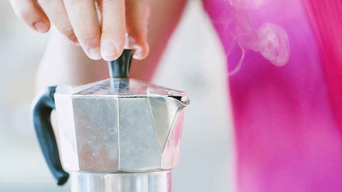 Come fare il caffè con la moka, la ricetta di Sonia Peronaci