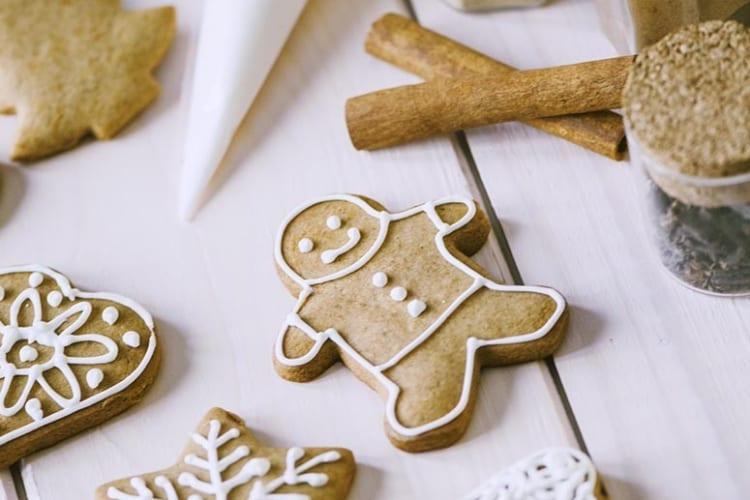 Biscotti Di Natale Ricette Giallo Zafferano.Biscotti Pan Di Zenzero