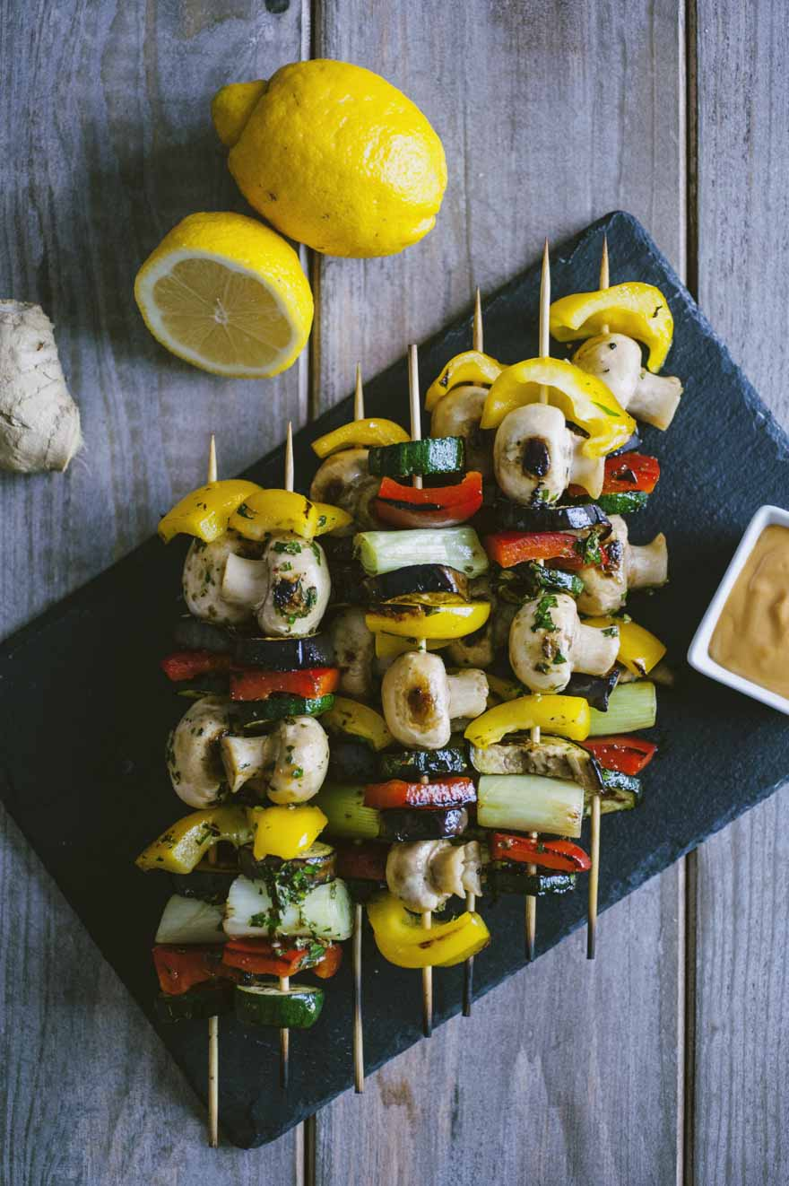 Spiedini di verdure, serviti ben caldi