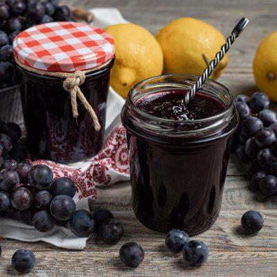 Confettura di uva fragola