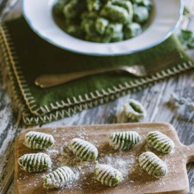 Gnocchi di spinaci, pronti per essere cotti