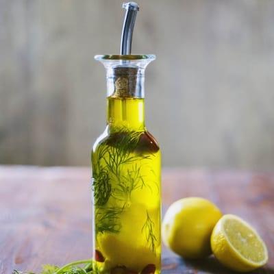 Olio aromatizzato per pesce