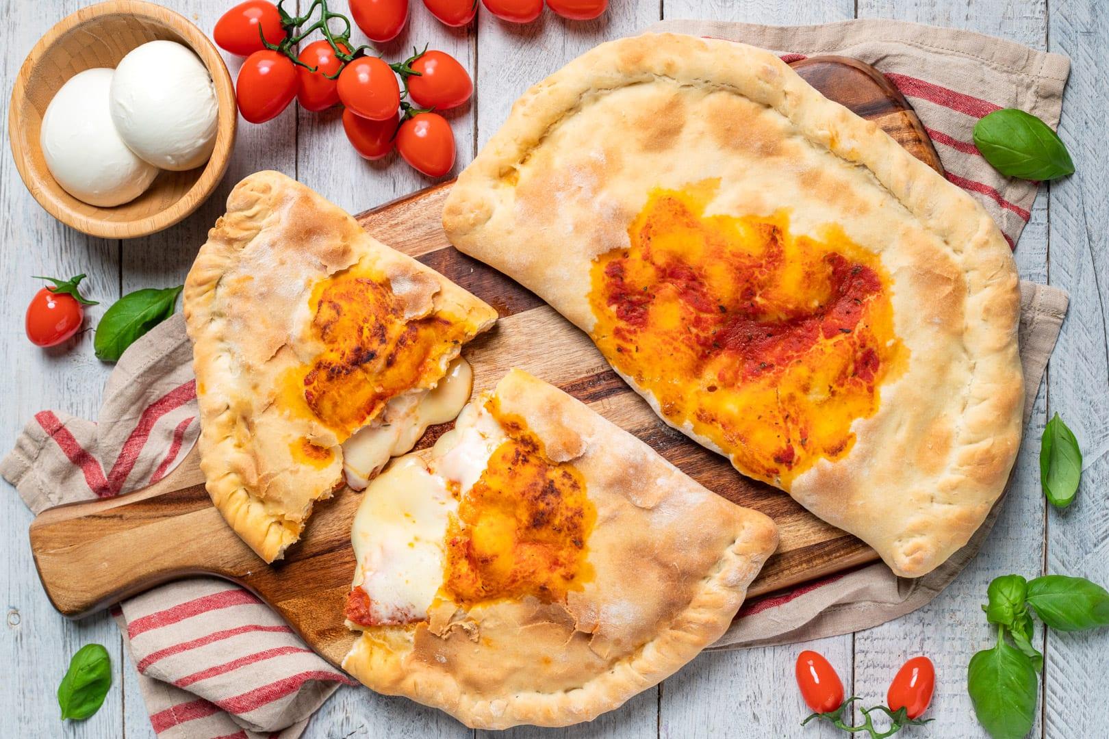 Calzone al forno, la ricetta di Sonia Peronaci