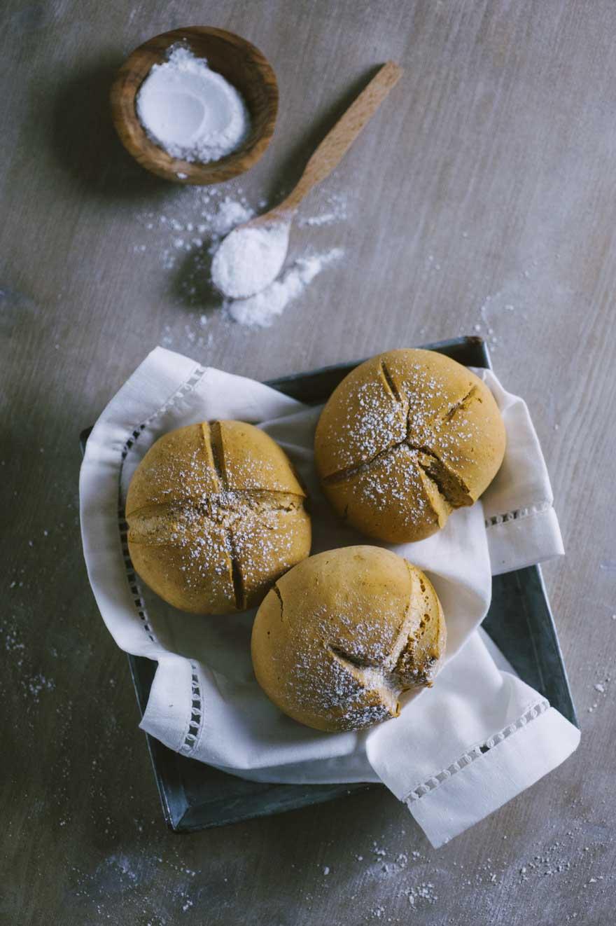 Soda bread senza glutine pronto in tavola