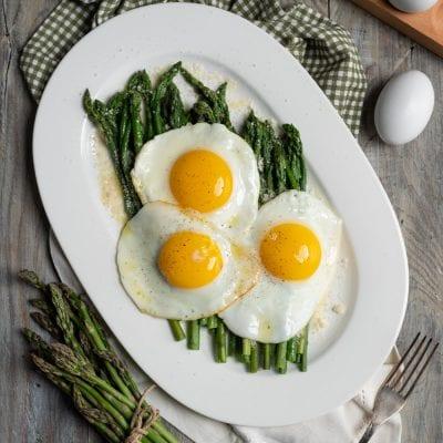 Asparagi alla milanese uova in cereghin