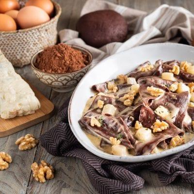 piatto con straccetti al cacao