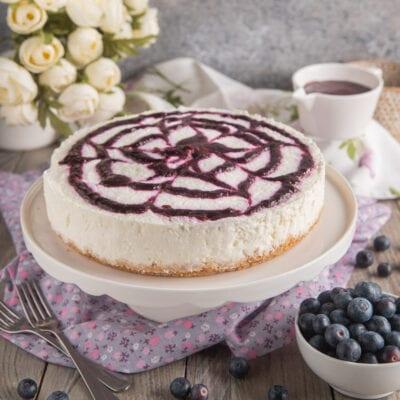 cheesecake variegata ai mirtilli