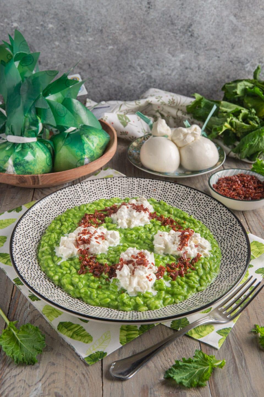 Piatto con risotto alle cime di rapa