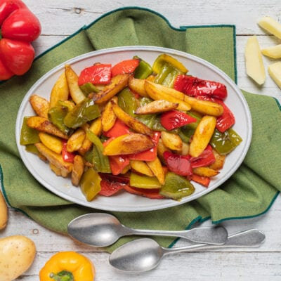piatto con peperoni e patate