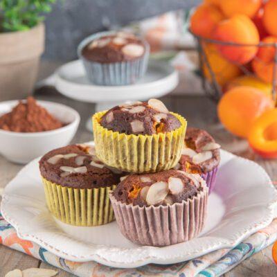 Muffin cacao e albicocche